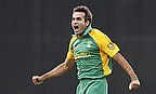 Imran Tahir Suffers Fractured Thumb