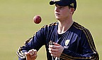 IPL 2013: Smith Returning Home With Back Injury