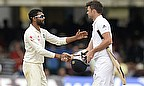 Ravindra Jadeja and James Anderson shake hands