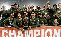 Pakistan celebrate winning the Asia Cup 2012