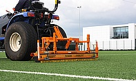 The combination of SISIS Zig Zag brush and Flexicomb in action at Tottenham Hotspur's new training ground
