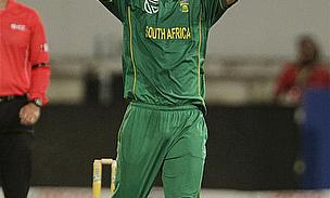 Kent Sign South African Seamer Wayne Parnell