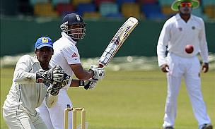 Bopara And Yardy Lead England To Crushing Win