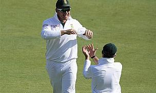 Smith Reaches Landmark As South Africa Dominate