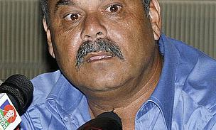Whatmore Takes Over As Pakistan Coach