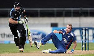 Thumb Surgery Rules Guptill Out Of Test Series