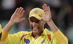 IPL 2013: Chennai Go Top After Hussey Blitz