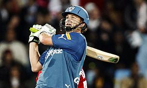 IPL 2013: Gilchrist, Mahmood Power Kings XI To Win