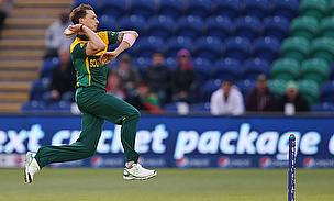 Dale Steyn about to bowl