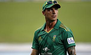 Dale Steyn walks off