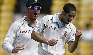 Wayne Parnell, Graeme Smith