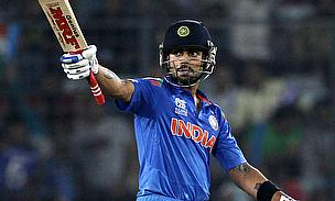 Virat Kohli acknowledges the applause