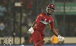 Darren Sammy celebrates