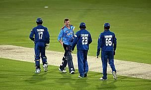 Handshakes following Sri Lanka's convincing win over Kent