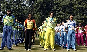Inzamam-ul-Haq (far left) captained the Lahore Badshahs, for whom Nazir played, during the Indian Cricket League