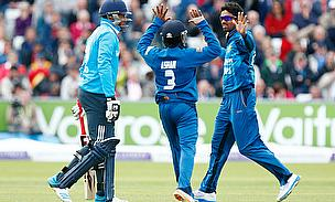Sri Lanka players celebrate the wicket of Chris Jordan (left)