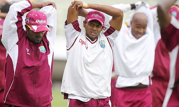 Shivnarine Chanderpaul (centre) is one of four West Indians to back the Canadian Premier League